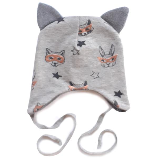 Vauvan hattu korvilla