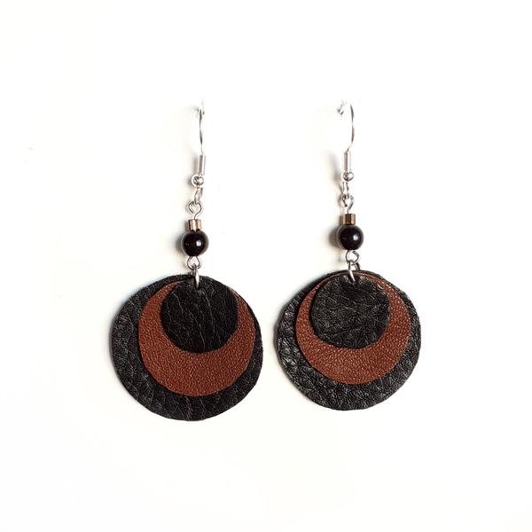 Ympyräkorvakorut <br> musta/ruskea