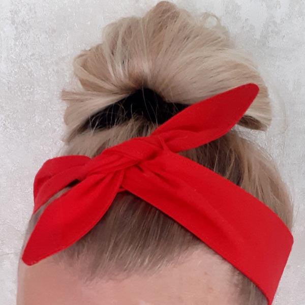 Solmittava 50's tyylinen panta <br> punainen